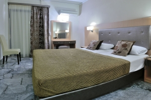 Superior Double or Twin, Lintzi hotel Arkoudi rooms pool restaurant half board beach