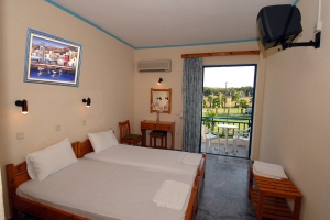 Double or Twin Room, Lintzi hotel Arkoudi rooms pool restaurant half board beach